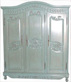 Armadio stile provenzale, in legno massello, decorato a mano ...