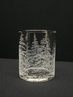 So pretty - I'm sure this can be adapted glass etching
