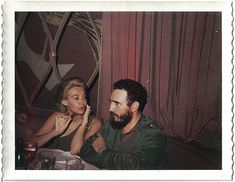 A Polaroid photo of Lisa Howard and Fidel Castro at their first meeting, Havana Riviera Hotel, April 1963 Cuba and The U. Che Guevara Photos, Viva Cuba, Ernesto Che, Polaroid Photos, Fidel Castro, April 21, Communism, The More You Know, Historical Pictures