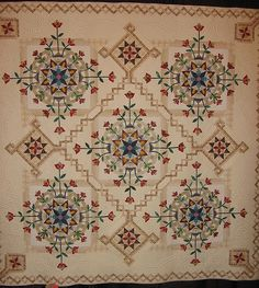 Made by Kyoko Inagaki of Osaka, Japan; entered in the judged show (category: Handmade) at the 2007 Houston International Quilt Festival.
