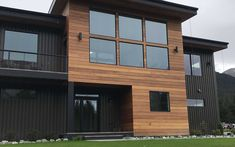 Nova offers a wide selection of options when it comes to exotic hardwood siding. Natural hardwood siding is durable and absolutely stunning! Wood Cladding Exterior, Exterior Wood Stain, Exterior Siding, Exterior Design, Hardwood Decking, Ipe Wood, Wood Siding House, Siding Options, Exterior Remodel