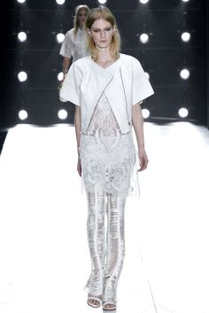 Roberto Cavalli Spring 2013 Ready-to-Wear Fashion Show - Julia Nobis