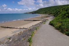Cei Bach (or Little Quay Bay) is a quiet beach east of New Quays Traeth Gwyn beach Glamping Wales, Country Roads, Earth, Water, Places, Welsh, Outdoor, Holiday Ideas, Beautiful