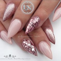 "If you're unfamiliar with nail trends and you hear the words ""coffin nails,"" what comes to mind? It's not nails with coffins drawn on them. It's long nails with a square tip, and the look has. Pastel Pink Nails, Pink Glitter Nails, Rose Gold Nails, Glitter Lipstick, Shellac Nails, My Nails, Nail Polish, Luminous Nails, Christmas Nails"