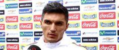 El volante de la Selección Colombia habló de las claves y la estrategia para contrarrestar la altitud de La Paz y vencer a Bolivia, el próximo 24 de marzo. March 18, 2016.