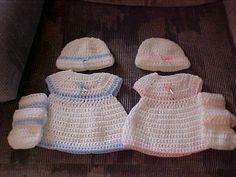 Rindy's Bubblesuit Dress | Preemie, Newborn, 0-3m | Ravelry | Free Pattern