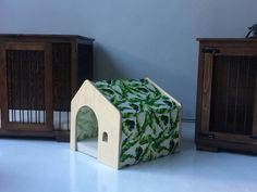 W&P Art Kennels   Designed especially for our small sized dogs. We can easily  change patterns in 2 min...