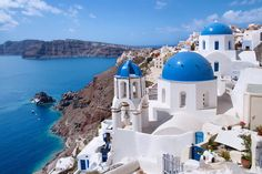 10 Places to Visit in Greece