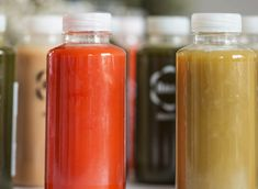 Receitas de Kombucha Makeup Rooms, Sugar Rush, Kimchi, Hot Sauce Bottles, Juice, Low Carb, Healthy Recipes, Drink Recipes, Food