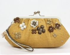 $98.00-$168.00 Coach Natural Straw Flower Clutch Large Wristlet Kisslock Bag - Coach 45266NAT.