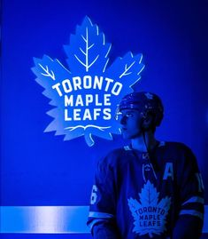 Discover recipes, home ideas, style inspiration and other ideas to try. Hockey Girls, Hockey Mom, Ice Hockey, Toronto Maple Leafs Wallpaper, Nhl Wallpaper, Hockey Outfits, Mitch Marner, Maple Leafs Hockey, Hockey Pictures