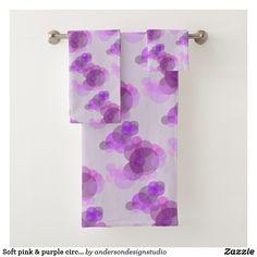 Soft pink & purple circles design pattern on pink bath towel set