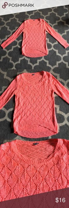 Coral hi/lo sweater Coral colored lightweight hi low sweater in excellent condition. Charlotte Russe Sweaters