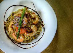 #Tapasconarte #Sevilla: Fideos thai con langostinos y salteados de verduras al cilantro La Dalia - Trajano