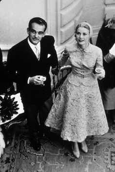 The couple had two ceremonies, a civil service as well as a religious service. The reason for this is that in Monaco, as well as several other European countries, religious weddings are not considered legal ceremonies.  #gracekelly  #vintage  #fashion