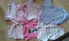 Krabice oblečení vel. 50-68, 0-9 měsíců, cca 45 ks, většina univerzální, pár ks po holčičce z bazaru