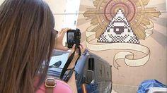 Artistas urbanos decoran las calles de Zaragoza con grafittis