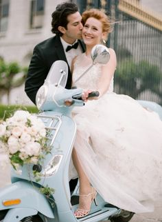 See the rest of this beautiful gallery: http://www.stylemepretty.com/gallery/picture/1204592/gallery/15018/