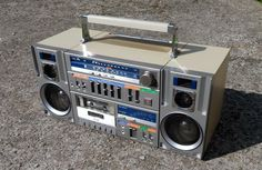 US $450.00 Used in Consumer Electronics, Portable Audio & Headphones, Portable Stereos, Boomboxes
