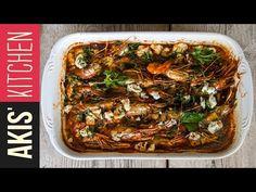 Greek shrimp saganaki by Greek chef Akis Petretzikis. A super quick, easy and simple traditional Greek appetizer made with shrimp, tomato sauce, feta and ouzo! Prawn Recipes, Chef Recipes, Greek Recipes, Raw Food Recipes, Seafood Recipes, Cooking Recipes, Healthy Recipes, Beef Fajita Marinade, Shrimp Marinade