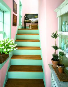 amazing colors combination - fresh mint and light pink. and nice details.