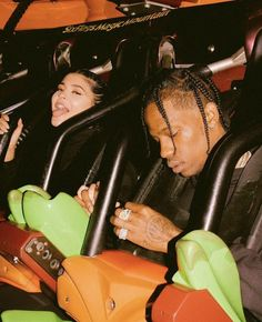 Kylie Jenner Closes Down Six Flags for Boyfriend Travis Scott's Birthday Aesthetic Collage, Aesthetic Photo, Aesthetic Pictures, Urban Aesthetic, Photography Aesthetic, Bedroom Wall Collage, Photo Wall Collage, Picture Wall, Rap Wallpaper