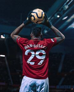 a_bissaka 🔴⚽️ ... Follow - @manutd_hqs ⚡ Manchester United Stadium, Manchester United Wallpaper, Lionel Messi Wallpapers, Disney Actresses, Liverpool Players, Football Wallpaper, Football Boys, Sports Wallpapers, Man United