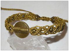 Armband ☼ bronze ☼ Spirale ☼ olivgrün ☼Mittelalter von Sunnseitn Kunsthandwerk auf DaWanda.com