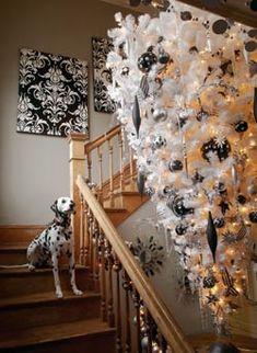 Black and white Holiday - Upside-down christmas tree - 12-12-08-black-white.jpg