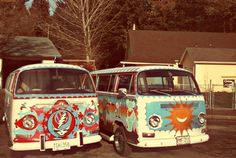 My new want = vintage vw bug vans painted with Grateful Dead Cadillac Eldorado, Volkswagen Bus, Vw T1, My Dream Car, Dream Cars, Combi Ww, Bugs, Vw Camping, Hippie Love