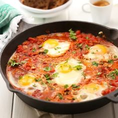 Have you ever wondered how to make shakshuka? This easy shakshuka recipe of poached eggs in a saucy tomato broth is the next addition to your brunch. How To Make Shakshuka, Shakshuka Recipes, Egg Recipes, Dinner Recipes, Cooking Recipes, Kraft Recipes, Vegetarian Recipes, Healthy Recipes, Foodies