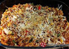 Κριθαράκι με κιμά και λαχανικά πλήρες γεύμα! Cookbook Recipes, Cooking Recipes, Healthy Recipes, Fun Cooking, Cooking Time, Pasta Salad Recipes, Everyday Food, Greek Recipes, Finger Foods