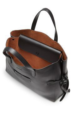 Leather Tote detail 3