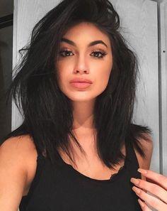 Pin by madison mcbride on new hair in 2019 siyah saç modelle Kylie Jenner Look Alike, Kylie Jenner Short Hair, Kylie Jenner Haircut, Gina Lorena, Medium Hair Styles, Short Hair Styles, Human Hair Wigs, Hair Looks, Hair Lengths