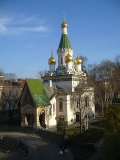 Image from https://upload.wikimedia.org/wikipedia/commons/a/a8/Russian_Church_Sofia_Bulgaria_Morning.JPG.