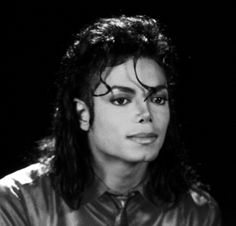 ~♪~♬~  Black and white angel  ~♪~♬~ - dance, michael jackson, entertainment, music, happy, soul, magnificent, sunflower, black or white angel, singer, happiness, gorgeous, sunshine, face, heart, love, wonderful, light, the one and only, forever, smile