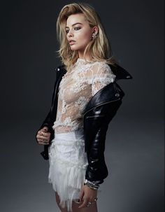 Margot Robbie see through dress boobs Harley Quinn : Celebrity Leaks Scandals Sex Tapes Leaked Sextapes Arlequina Margot Robbie, Actress Margot Robbie, Margot Robbie Harley Quinn, Margot Robbie Photoshoot, Margot Robbie Smoking, Margot Robbie Bikini, Margot Robbie Pictures, Margo Robbie, Teresa Palmer