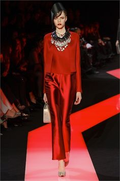 Sfilata Giorgio Armani Privé Paris - Alta Moda Primavera Estate 2013 - Vogue
