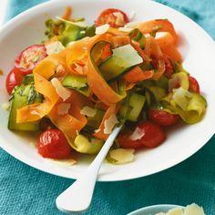 ESSEN & TRINKEN - Gemüsenudeln Rezept
