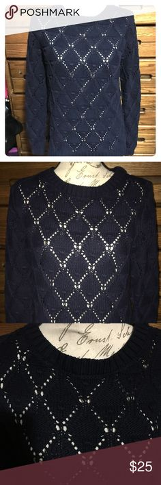 Tommy Hilfiger Navy Blue Chunky Knit Sweater Great Pre-Loved Condition Tommy Hilfiger Chunky Knit Sweater Size Small Tommy Hilfiger Sweaters