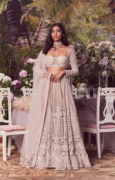 Lehenga Gown, Party Wear Lehenga, Indian Lehenga, Bridal Lehenga, Indian Wedding Wear, Indian Bridal Outfits, Indian Wear, Dress Indian Style, Indian Dresses