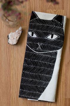Black Cat Tea Towel by Gingiber