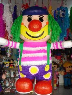 PIÑATA PAYASO CHICO FINO Birthday Clown, Clown Party, Circus Party, Paper Mache, Puppets, Birthdays, Pastel, Paper Crafts, Disney