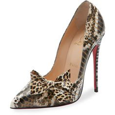 Christian Louboutin Madame Menodo Snakeskin 100mm Red Sole Pump (€1.140) ❤ liked on Polyvore featuring shoes, pumps, snakeskin pumps, gold pumps, snake skin pumps, red sole shoes and kohl shoes