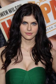 Pictures of Alexandra Daddario, Picture - Pictures Of Celebrities Beautiful Celebrities, Beautiful Actresses, Alexandra Daddario Images, Beautiful Eyes, Beautiful Women, Amazing Eyes, Beautiful People, Actrices Sexy, Party Hairstyles