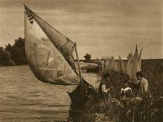 Danube Delta - Old photos -Kurt Hielscher Old Photos, Vintage Photos, Delta Art, Danube Delta, City People, Past, Safari, Medieval, Photography