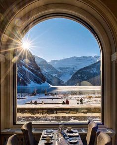 Lake Louise Banff, Chateau Lake Louise, Park Around, Afternoon Tea, Montana, Airplane View, Places To Go, Tourism, Surfing