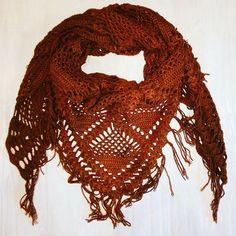 Ещё разочек 😍 #bymouse #вязаниеназаказ #вязаниекрючком #вяжутнетолькобабушки #вязаниеспицами #вязание #вещиназаказ #назаказ #бохо #бохостиль #шаль #мода #стиль #зимниепрогулки #зима #knitting #knit #handmade #scarf #ilikeit #shawl #style #mod