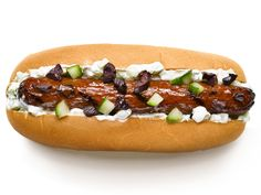 From pretzels and kraut, to tzatziki and olives, #FNMag gets worldly with hot dog toppings. #GrillingCentral