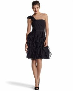 ONE-SHOULDER/STRAPLESS RUFFLE DRESS - White House | Black Market